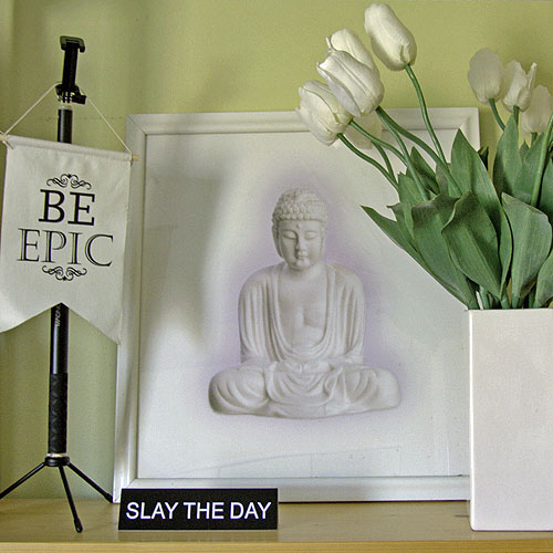 Motivational office decor — slay the day